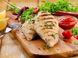 Tập thể hình nên ăn 9 món từ ức gà sau để giảm cân
