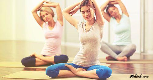 4 bài Yoga giúp cơ bụng thon gọn và săn chắc