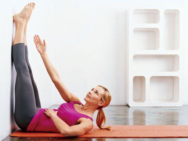 5 bài tập Gym tại nhà với bức tường giúp giảm mỡ bụng siêu nhanh Thể Hình Channel