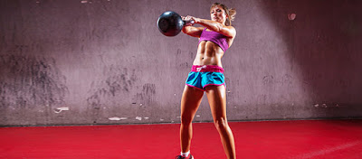Bài gym Kettlebell Swings