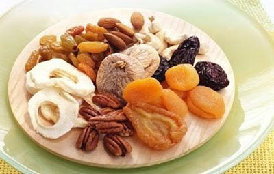 Ăn trái cây khô giúp tăng cân rất tốt