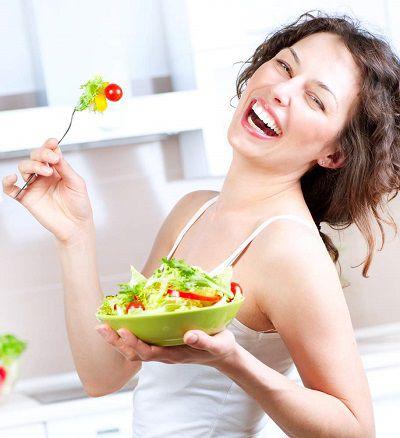 Nên ăn nhiều rau xanh và trái cây hơn