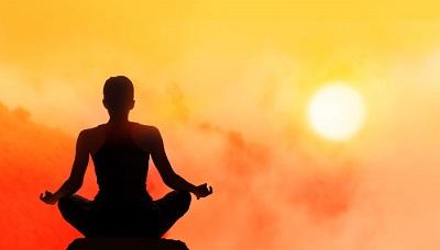 Tập Yoga buổi tối sẽ giúp dễ ngủ