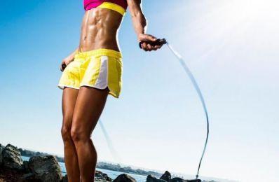 Toàn thân vận động khi nhảy dây