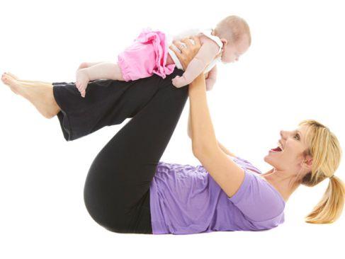 Bài tập giảm mỡ bụng sau sinh giúp các mẹ mau chóng lấy lại vòng 2