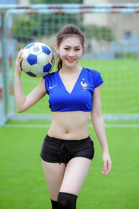 Người mẫu ĐInh Hải Yến với 3 vòng nóng bỏng mắt