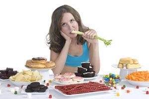 Ăn uống không khoa học gây khó tăng cân