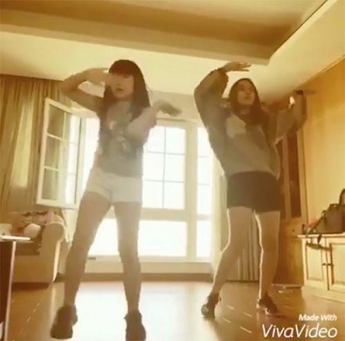 Nhảy cực xung cùng cháu gái của mình