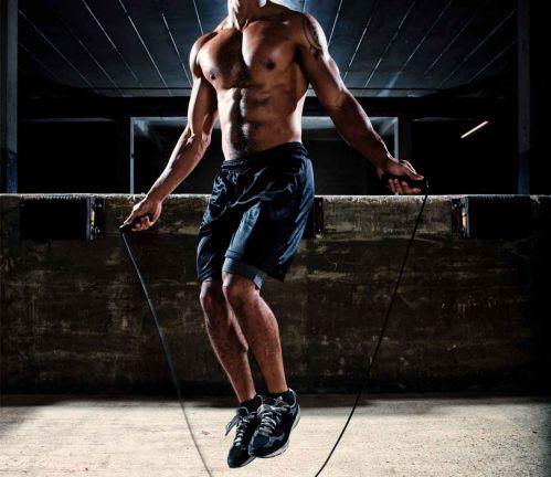 Tập Cardio cường độ cao bằng cách nhảy dây