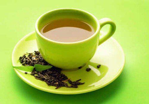 Sử dụng trà xanh trước khi đi ngủ