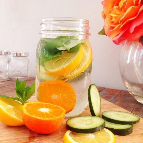 Mặt trái của phương pháp giảm cân bằng nước Detox