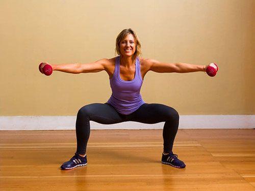 Sumo Squat nâng tay - Sumo Squat With Side-Arm Raises
