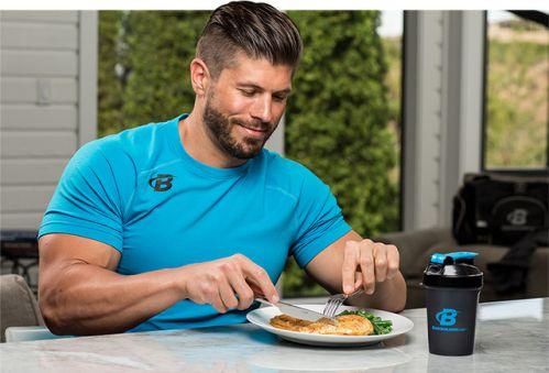Ăn Protein trước khi ăn các món khác trong bữa ăn