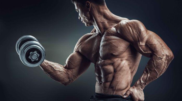 Để tập tay hiệu quả nhất hãy bỏ ngay 4 điều này khi đi tập gym