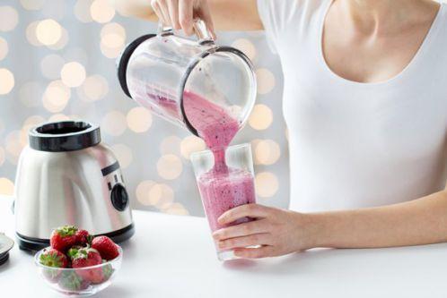 Pha sinh tố sữa Protein cho bữa sáng