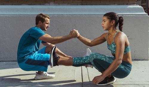 Tập gym cùng đứa bạn sẽ hiệu quả hơn