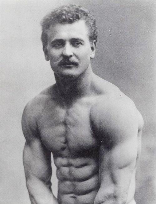 Eugen Sandow là ai ?