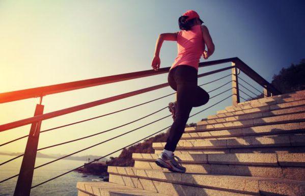 Bài tập leo cầu thang mang trong mình sự vi diệu khó tin cho chị em