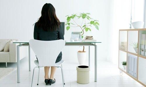 """Vì sao sở hữu vòng 3 nở nang là thứ """"xa xỉ"""" của giới văn phòng?"""