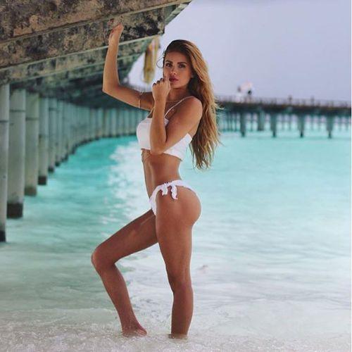 Người mẫu phòng gym Pamela Reif bất ngờ nổi tiếng nhờ yêu trai đẹp Liverpool