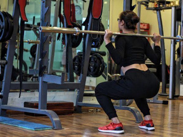 Lột xác nhờ tập thể hình, 9x giảm 17kg body chuẩn như người mẫu