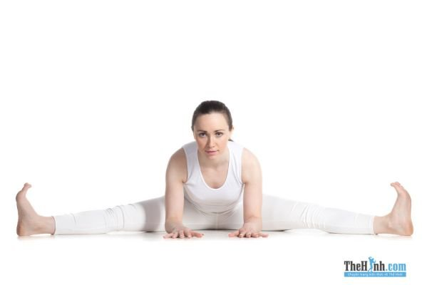 Wide-Angle Seated Forward Bend (Upavistha Konasana)