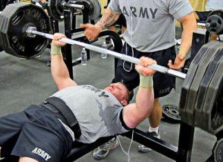 Cải thiện mức tạ khi tập đẩy ngực Bench Press lên 3 con số trong 6 tuần