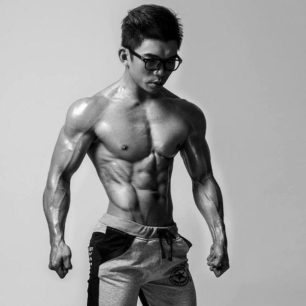 Từ Chí Quang - HLV 9x chia sẻ cách tăng cân 20kg và có luôn 6 múi