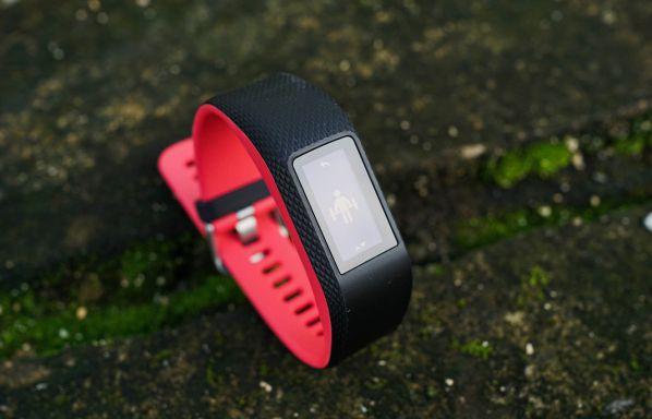 Đánh giá Garmin Vivosport chi tiết - Đồng hồ nhỏ gọn, siêu tiện dụng cho gymer Thể Hình Channel
