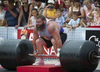 Robert Oberst - Nhà vô địch StrongMan thế giới ăn 20000 calo mỗi ngày