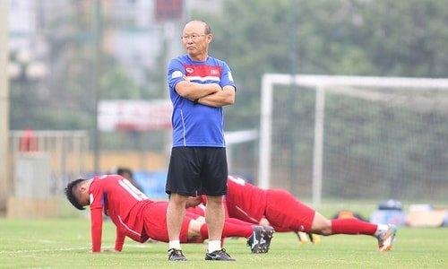 Bật mí cầu thủ U23 Việt Nam tập gì, ăn ra sao để có sức lực sung mãn