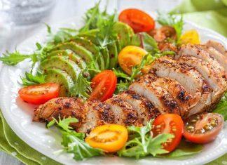 Ăn nhiều protein có béo không ? Có gây hại cho thận hay cơ quan khác không ?