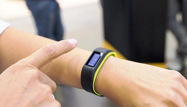 Garmin Vivosport - Top 7 đồng hồ chạy bộ, theo dõi sức khỏe tốt nhất giá dưới 5 triệu