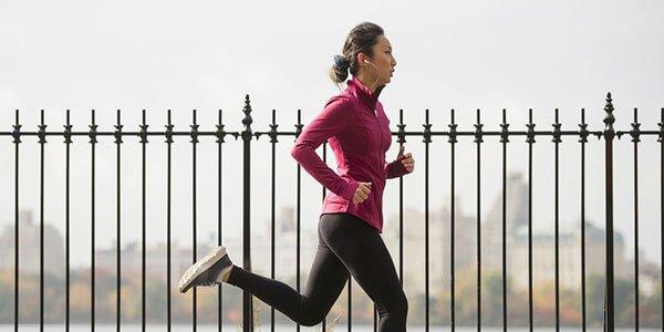 Cách luyên tập chạy bộ bằng cách tập trung vào 5 giác quan