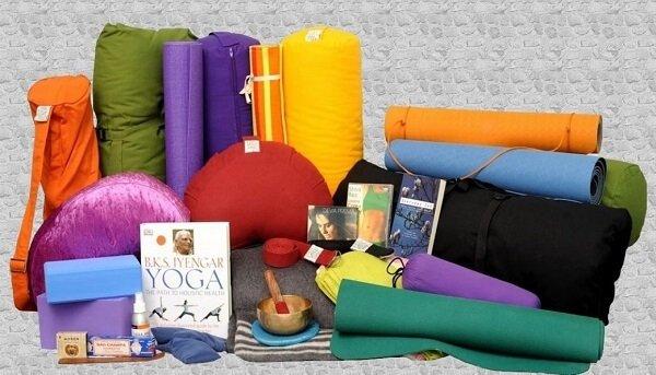 7 dụng cụ tập yoga thiết yếu nhất mà bạn không thể không biết