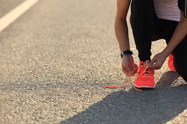 8 bước đơn giản để giúp ai đó bắt đầu chạy bộ