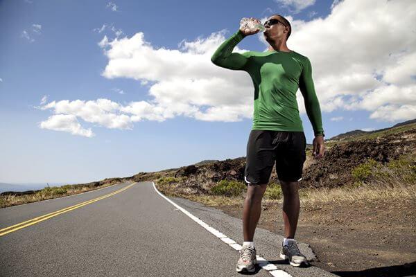 Làm thế nào để chạy bộ trong nhiệt độ cao