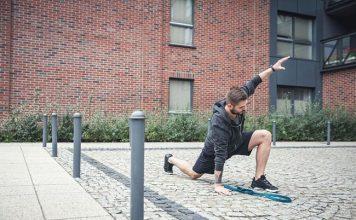5 bài tập giãn cơ trước khi chạy bộ giúp bạn tránh bị chấn thương