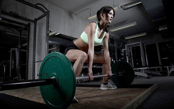 Lịch tập tăng cân cho nữ kèm cách ăn uống trong 4 tuần