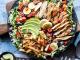 Nguyên nhân khiến bạn ăn salad nhưng vẫn tăng kg... đều đều
