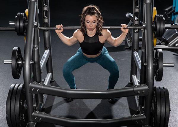 Làm sao để tăng cơ bắp mà không cần tăng mức tạ?