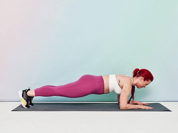 Làm sao để tập plank đúng cách, mang lại hiệu quả cao và không đau lưng?